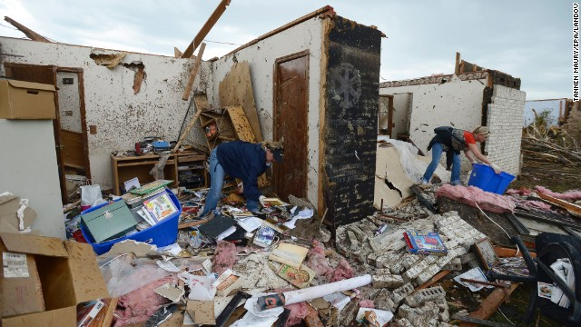 130521132406-13-ok-tornado-0521-horizontal-gallery