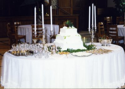 WH cake table