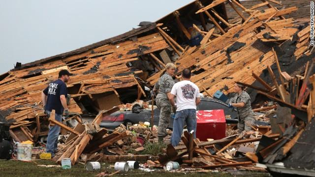 130521122047-05-ok-tornado-0521-horizontal-gallery